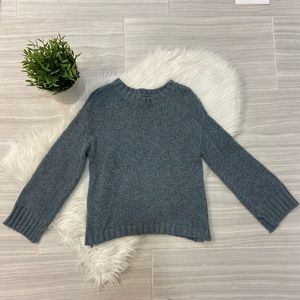 American Eagle Speckled Wide Sleeve Sweater